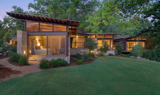 Texas Hill Country Ranch Home Offers Water Edge