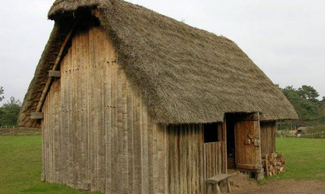 Thatched Medieval House Most Homes Were Cold Damp Dark