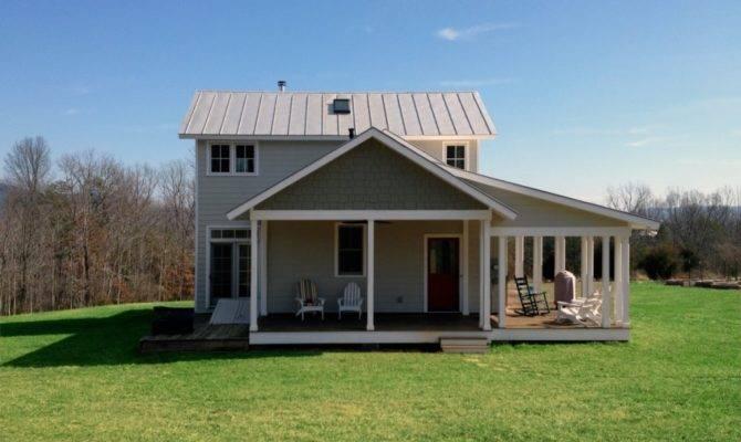 Three Bedroom Modern Farmhouse Cottage Carefully Designed