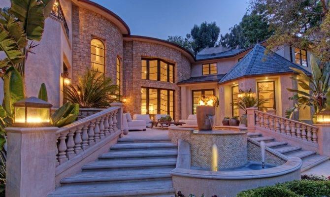 Three Most Booming Real Estate Neighborhoods Los
