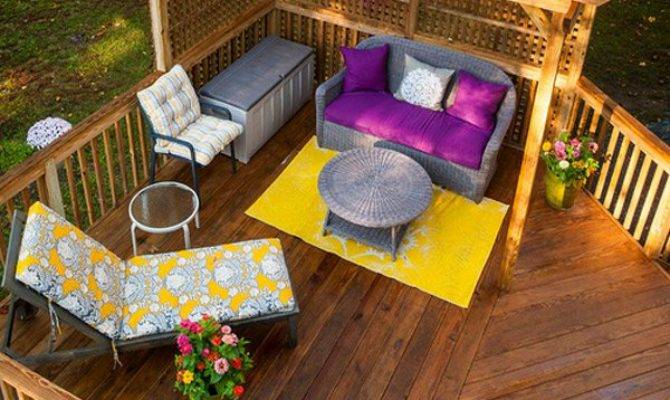 Timber Decking Designs Can Append Beauty Your
