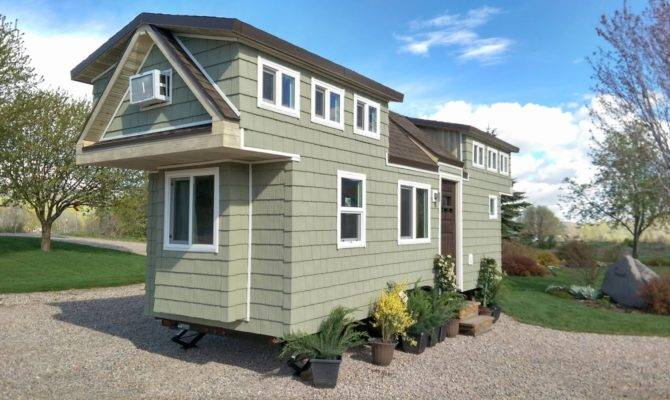 Tiny House Town Home