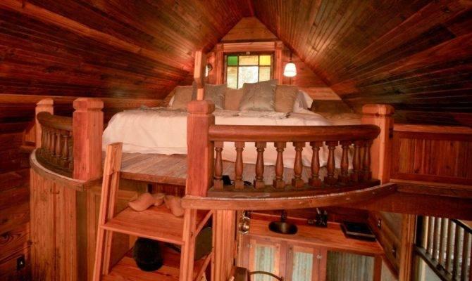 Tiny Texas Houses Presents Canyon Lake Cottage