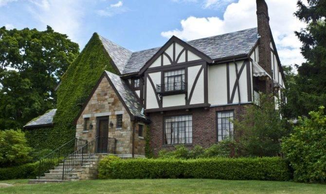 Tudor Style House Ideas