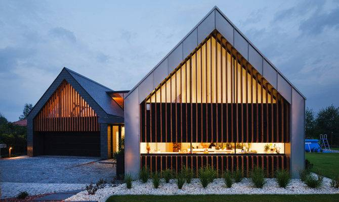 21 Pitched Roof House Is Mix Of Brilliant Thought Home Plans Blueprints