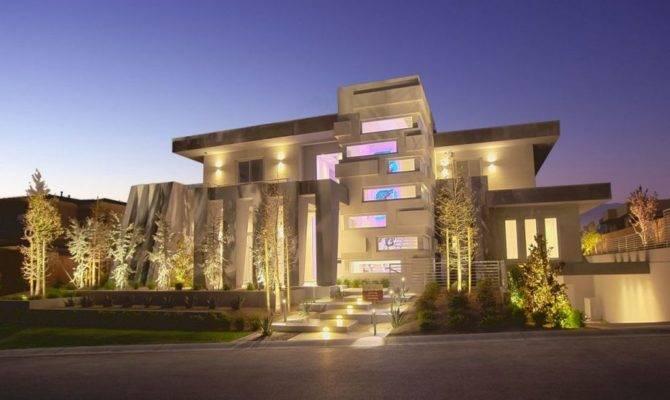 Ultra Modern House Exterior Design