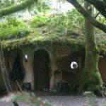 Una Suggestiva Cob House Immersa Nella Natura Fonte