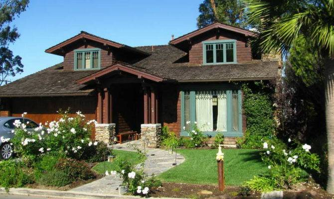 Unique Feature Craftsman Style House Plans