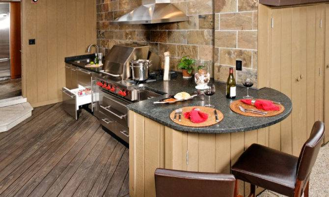 Upgrade Your Backyard Outdoor Kitchen