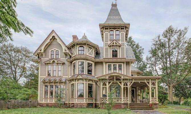 Victorian Gothic Manor New Haven Reduced
