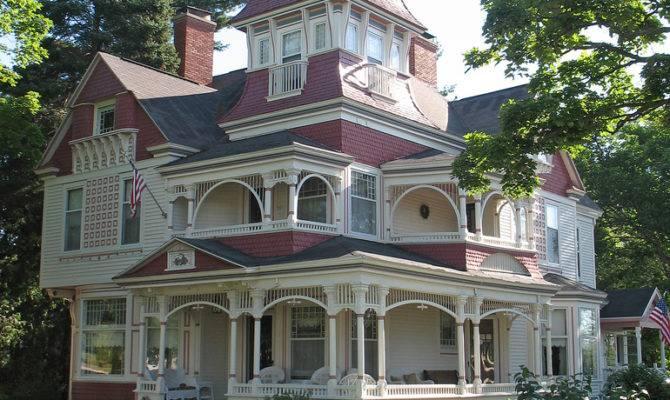Victorian House Bellaire Michigan Richardi