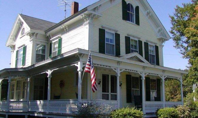 Victorian House Style Classic Modern American Two Stories