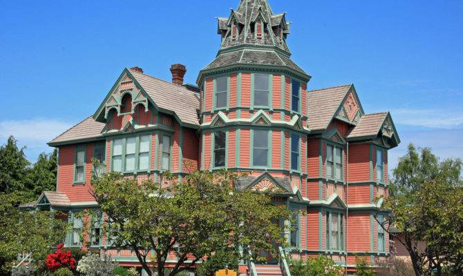 Victorian Houses Eye Candy