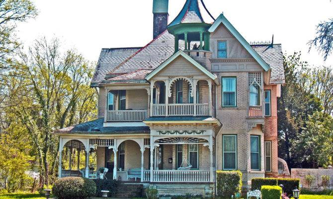 Victorian Style Homes Miss Moss