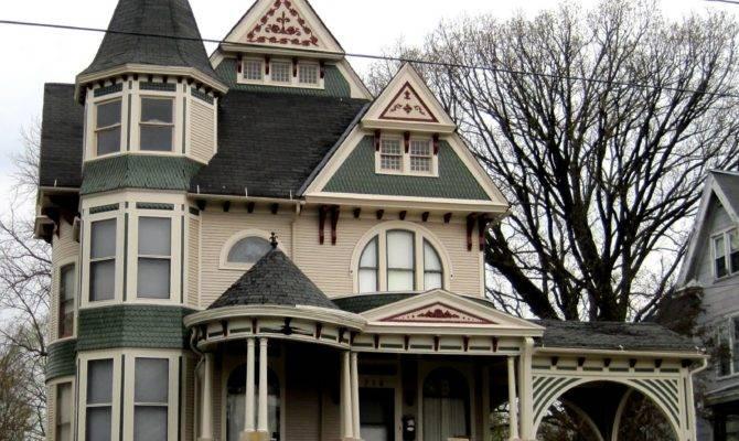 Victorian Style Houses Photos