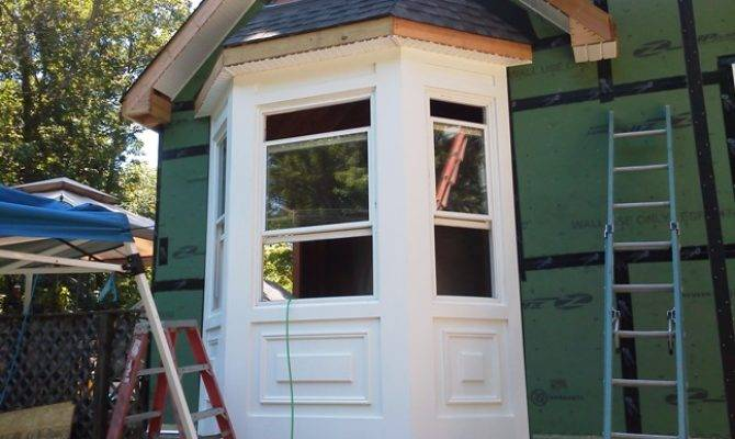 Walk Out Bay Windows Gets All Trimmed