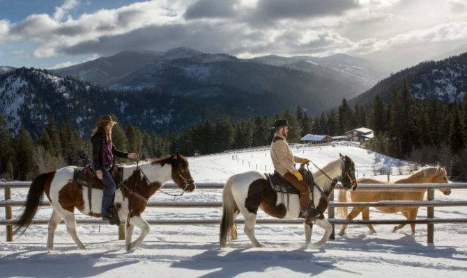 Warming Holidays Log Cabin Luxury Montana