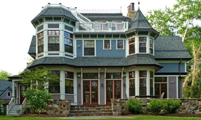 Ways Achieve Victorian Gothic Inspired Home