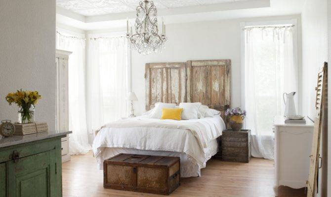 White Bed Old Fashioned Bedroom Farmhouse Style Furniture