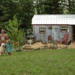 Why Tiny House Living Pays Off Big Young Families