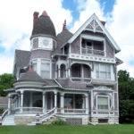 Wooden Queen Anne House Fairfield Iowa